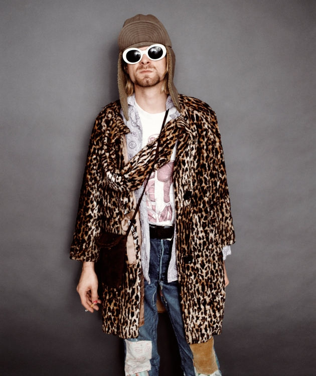 Kurt-Cobain-Style-Photo-Sunglasses-Leopard-1